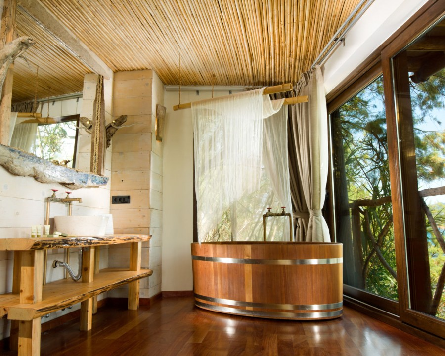 Suite wooden bath